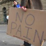ツラい膀胱炎を薬なしで治すには?ドイツではハーブティー、イギリスではクランベリー